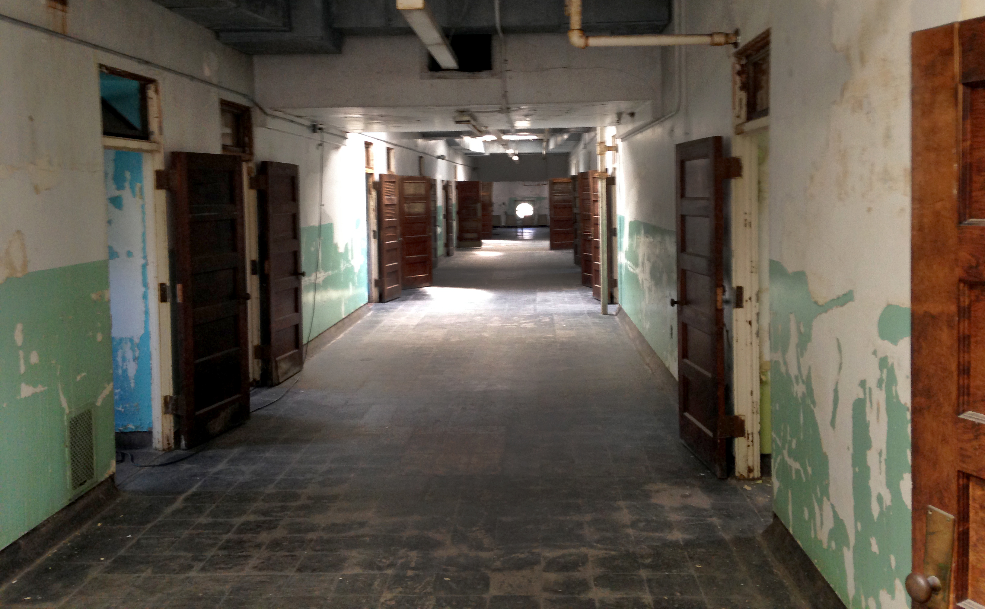 Floor, Flooring, Ceiling, Wall