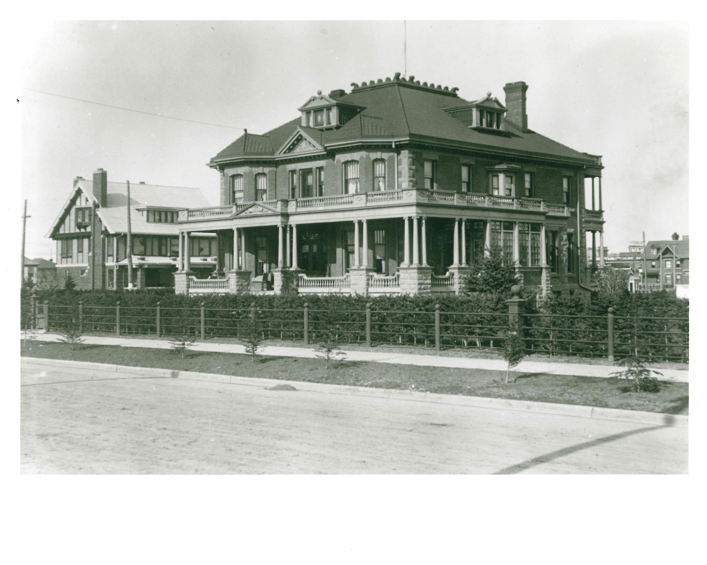 """Langmore"" William Roper Hull Residence c. 1910."