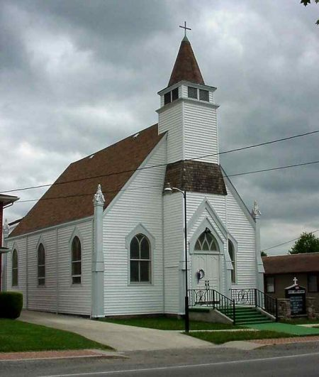 Modern photo of the Beverly United Methodist Church.