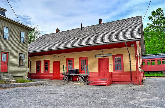 Image of the exterior of the Contoocook Depot following restoration.