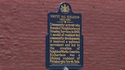 Photo of the Dorothy Mae Richardson Historical Marker