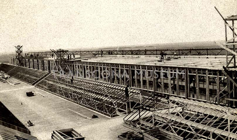 Construction of the CN Transcona Shops