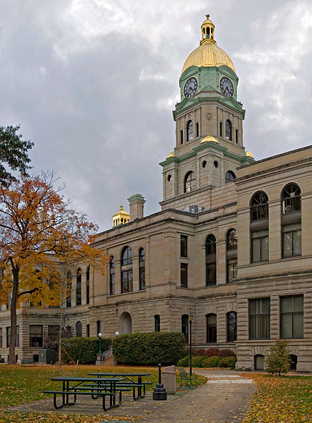 The Cabell County Courthouse was built from 1899-1901 and is one of the most ornate in West Virginia. Image obtained from Wikipedia.