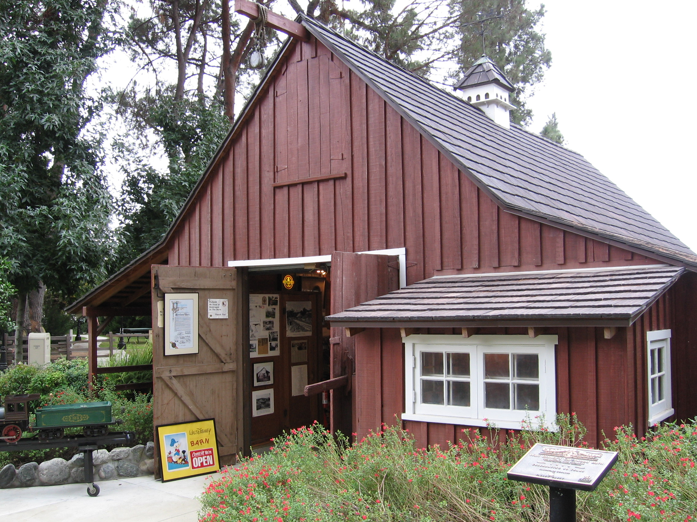 Walt Disney's Carolwood Barn has been converted into a museum showcasing Disney's love for trains and model railroading.