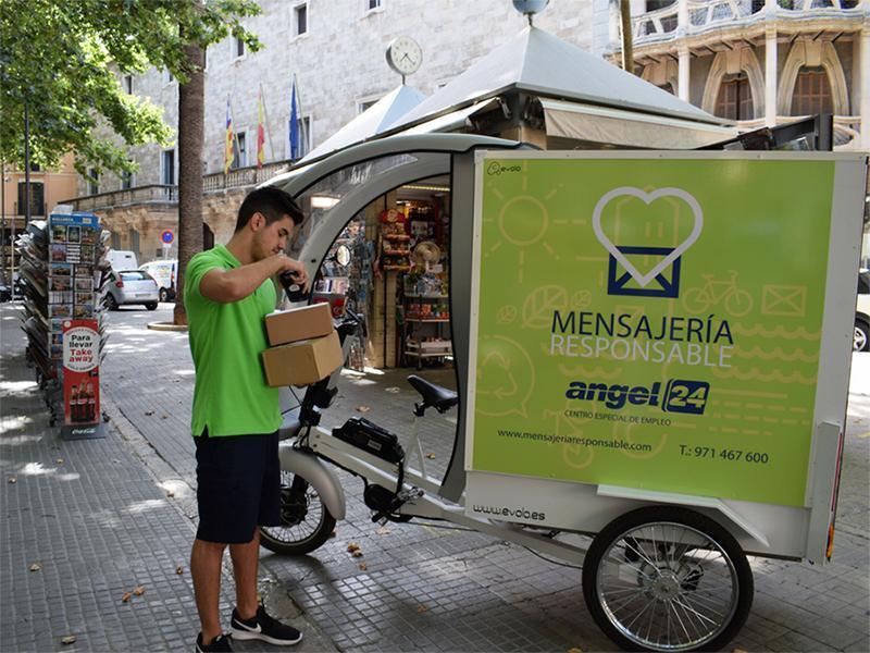 mensajero-recogida-paquetes