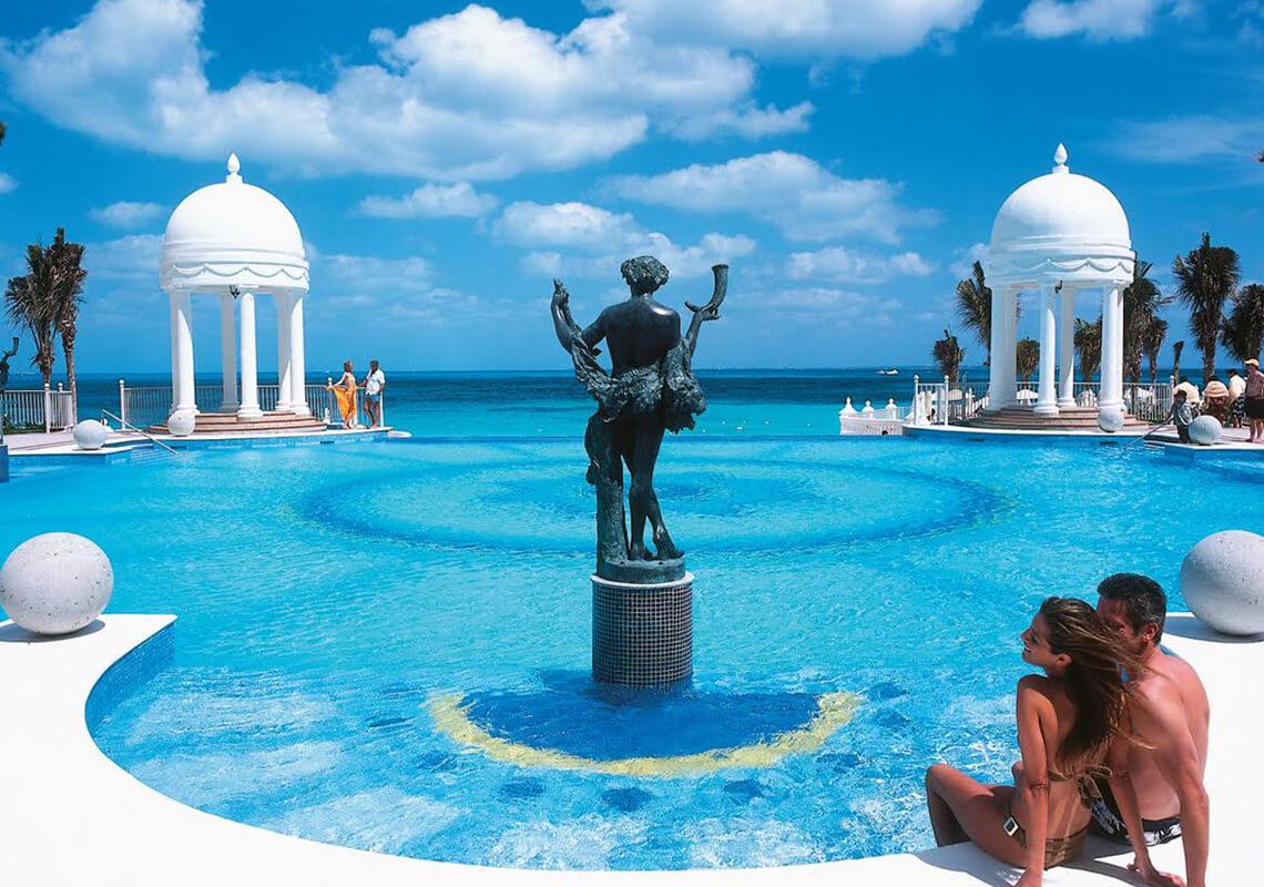 the Riu Cancun was the tall one... pretty view! - Picture ...  The Riu Cancun