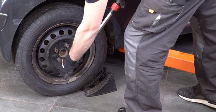 Hvor svært er det at gør-det-selv skifte Fjeder på Toyota Aygo ab1 1 2011 - hent illustreret vejledning