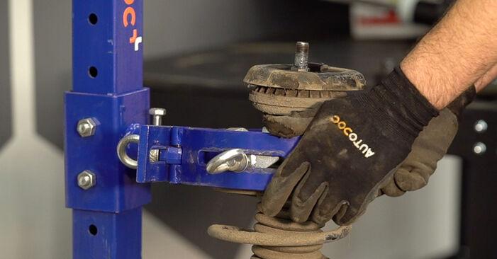 Federn Peugeot 208 1 1.6 HDi 2014 wechseln: Kostenlose Reparaturhandbücher