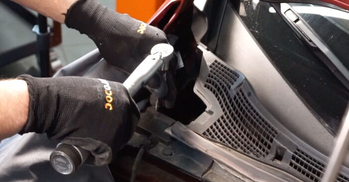 How hard is it to do yourself: Springs replacement on NISSAN LEAF Elektrik 2016 - download illustrated guide