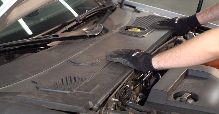 Ako dlho trvá výmena: Pruženie na aute Audi A6 4f2 2004 – informačný PDF návod