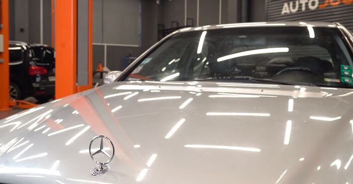 Changing Oil Filter on MERCEDES-BENZ C-Class Saloon (W203) C 200 CDI 2.2 (203.004) 2003 by yourself