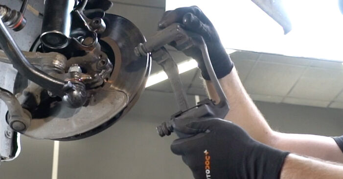 DIY replacement of Brake Discs on MERCEDES-BENZ C-Class Saloon (W203) C 220 CDI 2.2 (203.008) 2006 is not an issue anymore with our step-by-step tutorial