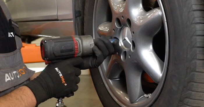 How to remove MERCEDES-BENZ C-CLASS C 200 CDI 2.2 (203.007) 2004 Brake Pads - online easy-to-follow instructions