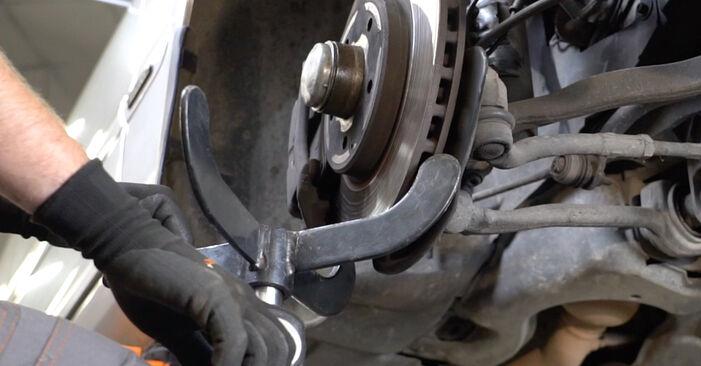 Wie schwer ist es, selbst zu reparieren: Federn Mercedes W203 C 200 2.0 Kompressor (203.045) 2006 Tausch - Downloaden Sie sich illustrierte Anleitungen