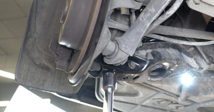 Стъпка по стъпка препоруки за самостоятелна смяна на Mercedes W203 2005 C 200 CDI 2.2 (203.007) Пружинно окачване