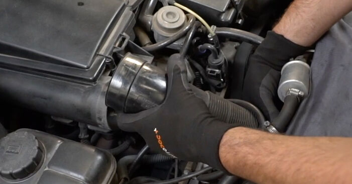 Changing Mass Air Flow Sensor on MERCEDES-BENZ C-Class Saloon (W203) C 200 CDI 2.2 (203.004) 2003 by yourself