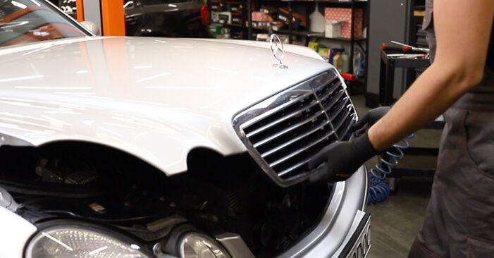Changing Poly V-Belt on MERCEDES-BENZ E-Class Saloon (W211) E 220 CDI 2.2 (211.008) 2005 by yourself