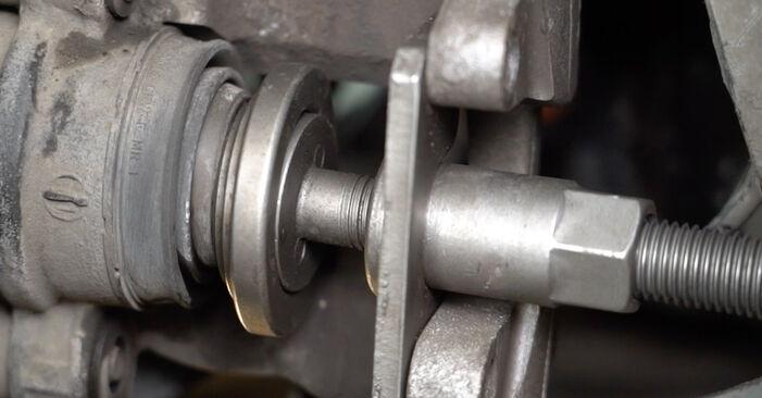 Wie Bremsscheiben Mercedes W211 E 220 CDI 2.2 (211.006) 2002 tauschen - Kostenlose PDF- und Videoanleitungen