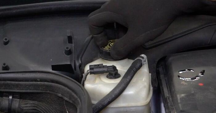 Tausch Tutorial Bremsscheiben am MERCEDES-BENZ E-Klasse Limousine (W211) 2006 wechselt - Tipps und Tricks