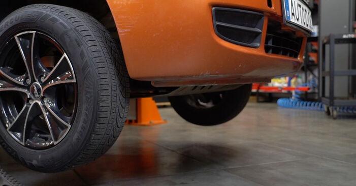 Come sostituire FIAT PANDA (169) 1.2 2004 Biellette Barra Stabilizzatrice - manuali passo passo e video guide