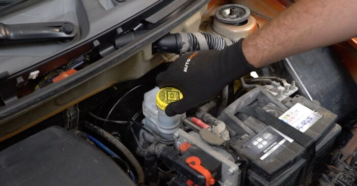 How to change Brake Pads on Fiat Panda 169 2003 - free PDF and video manuals