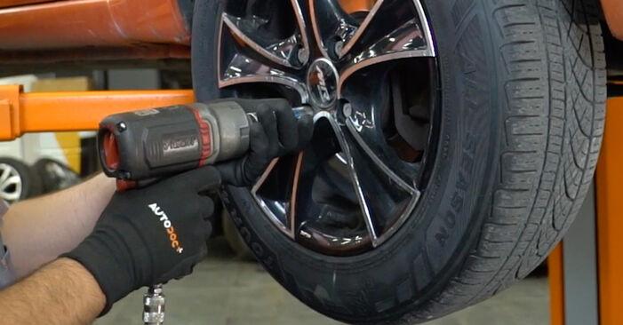 Wie FIAT PANDA 1.2 4x4 2007 Bremsbeläge ausbauen - Einfach zu verstehende Anleitungen online