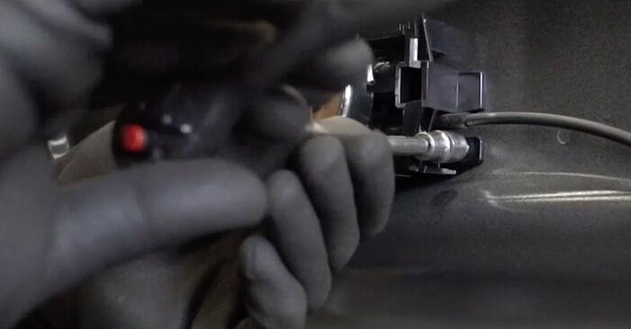 Recomandările pas cu pas pentru înlocuirea de sine stătătoare Nissan Qashqai j10 2011 1.6 dCi Maner usa