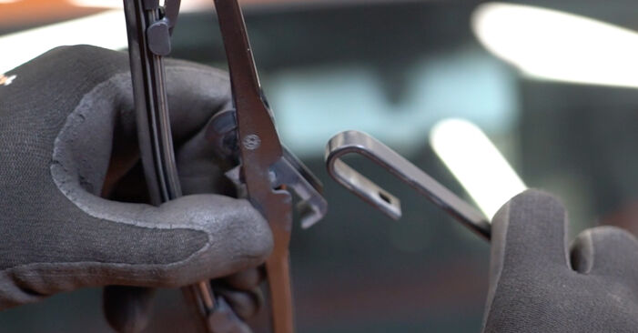 Wechseln Scheibenwischer am FIAT PANDA (169) 1.3 D Multijet 4x4 2006 selber