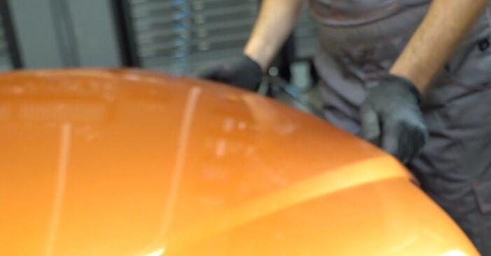 Ako vymeniť Vzduchový filter na FIAT PANDA (169) 2015 – tipy a triky
