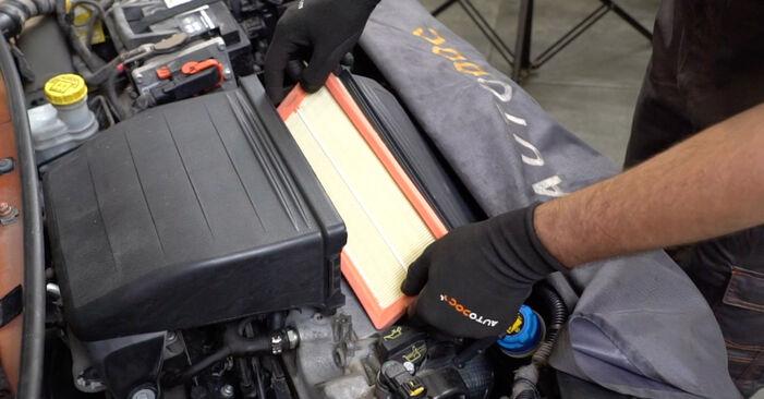 Ako dlho trvá výmena: Vzduchový filter na aute Fiat Panda 169 2011 – informačný PDF návod