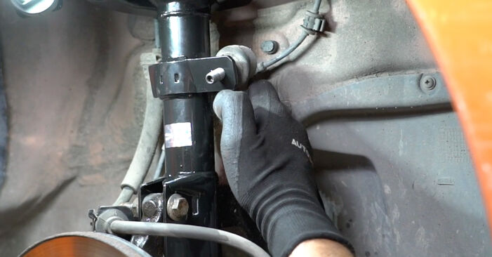 Stoßdämpfer am FIAT PANDA (169) 1.3 D Multijet 2008 wechseln – Laden Sie sich PDF-Handbücher und Videoanleitungen herunter