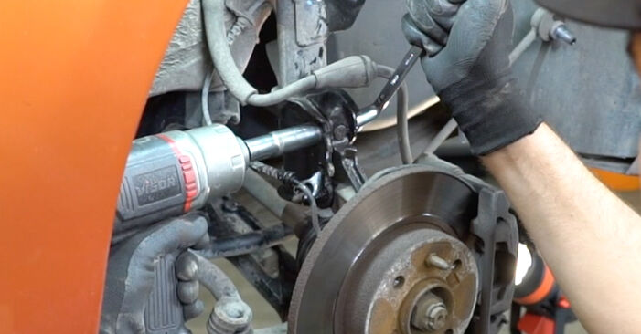 DIY replacement of Strut Mount on FIAT PANDA (169) 1.2 Natural Power 2017 is not an issue anymore with our step-by-step tutorial