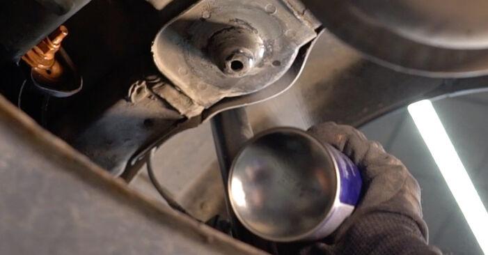Sostituire Molla Ammortizzatore su VW TOURAN (1T1, 1T2) 2.0 TDI 2009 non è più un problema con il nostro tutorial passo-passo