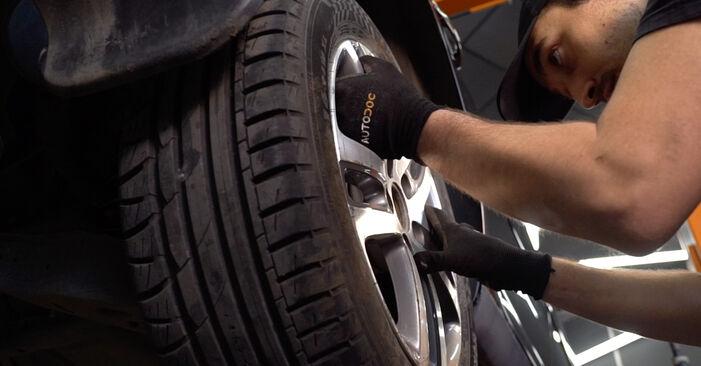 Come cambiare Molla Ammortizzatore su VW TOURAN (1T1, 1T2) 2007 - suggerimenti e consigli