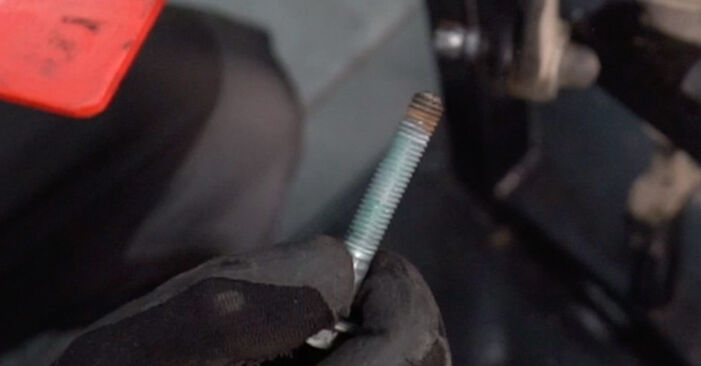 Changing Springs on AUDI A4 Avant (8E5, B6) 1.8 T 2003 by yourself