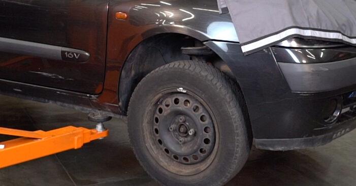 Wie schwer ist es, selbst zu reparieren: Federn Renault Clio 2 1.6 16V 2004 Tausch - Downloaden Sie sich illustrierte Anleitungen
