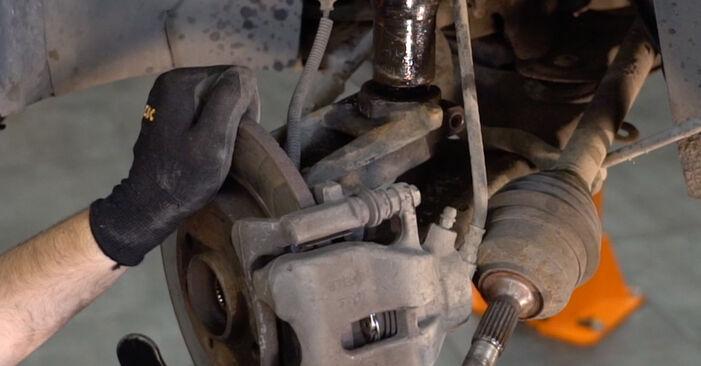 C3 I Hatchback (FC_, FN_) 1.4 16V HDi 2013 Fjeder gør-det-selv udskiftnings værksted manual