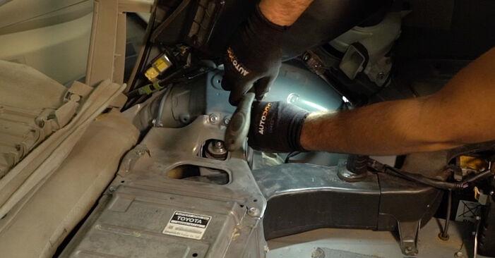 Comment changer Ressort d'Amortisseur sur Toyota Prius 2 2003 - Manuels PDF et vidéo gratuits