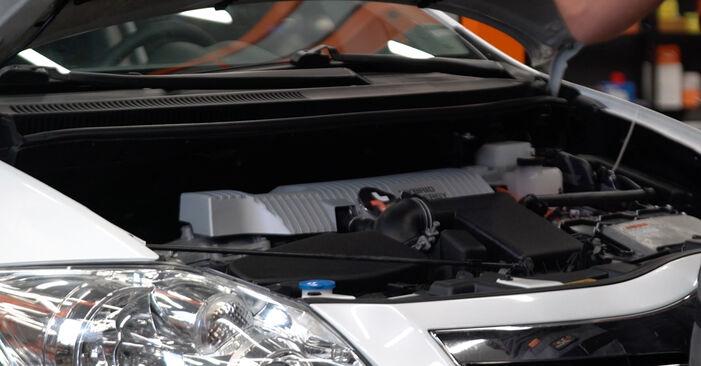 Comment changer Ressort d'Amortisseur sur Toyota Auris e15 2006 - Manuels PDF et vidéo gratuits