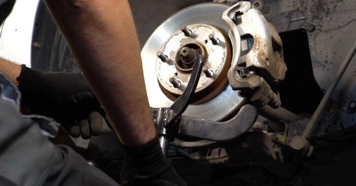Come cambiare Molla Ammortizzatore su Toyota Auris e15 2006 - manuali PDF e video gratuiti
