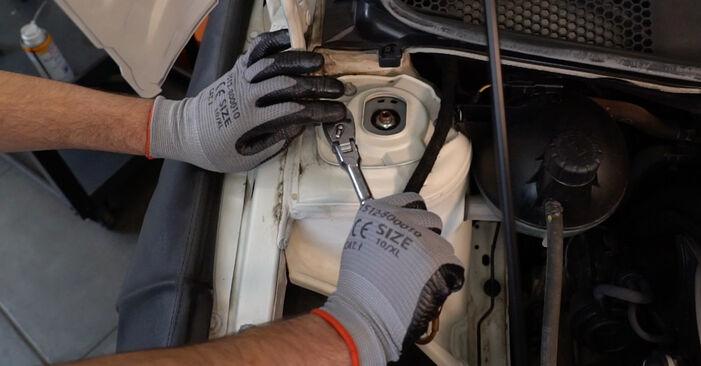 Mercedes W245 B 200 CDI 2.0 (245.208) 2006 Spyruoklės keitimas: nemokamos remonto instrukcijos