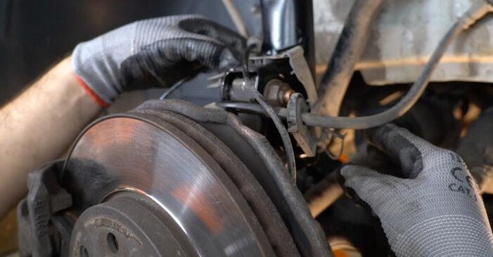 Išsamios Mercedes W245 2008 B 150 1.5 (245.231) Spyruoklės keitimo rekomendacijos