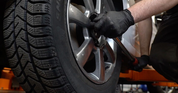 Jak wymienić Zawieszenie w VW Polo Sedan (602, 604, 612, 614) 2014: pobierz instrukcje PDF i instrukcje wideo