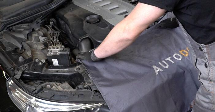 Comment remplacer BMW 5 Berline (E60) 530d 3.0 2002 Ressort d'Amortisseur - manuels pas à pas et guides vidéo