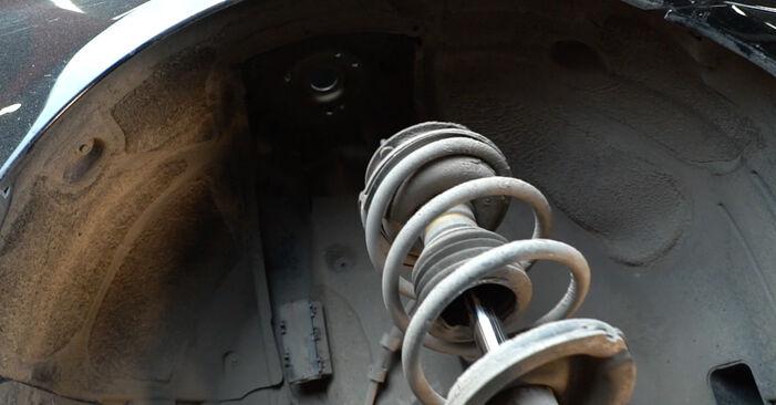 Remplacer Ressort d'Amortisseur sur BMW E60 2001 530d 3.0 par vous-même