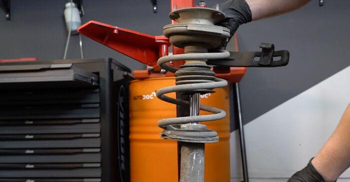 5 Berline (E60) 525d 3.0 2002 Ressort d'Amortisseur manuel d'atelier pour remplacer soi-même