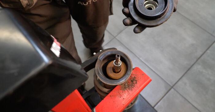 Come cambiare Molla Ammortizzatore su FIAT GRANDE PUNTO (199) 2020 - suggerimenti e consigli