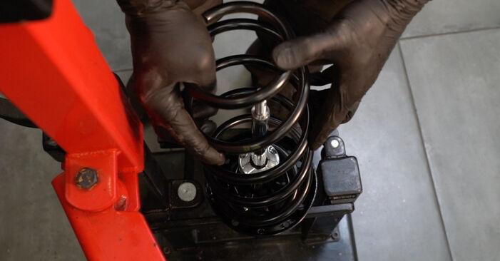 Как да сменим FIAT GRANDE PUNTO (199) 1.3 D Multijet 2009 Пружинно окачване - стъпка по стъпка инструкции и видео ръководства