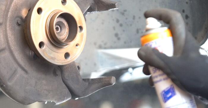 Cambio Discos de Freno en VW POLO (9N_) 1.4 TDI 2003 ya no es un problema con nuestro tutorial paso a paso