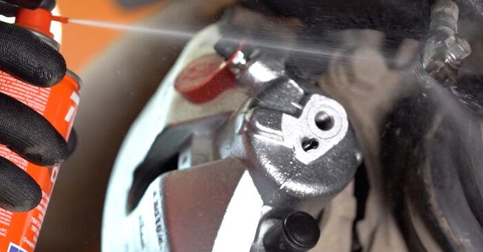 Wie lange benötigt das Auswechseln der Teile: Bremssattel beim Touran 1t3 2012 - Detailliertes PDF-Tutorial